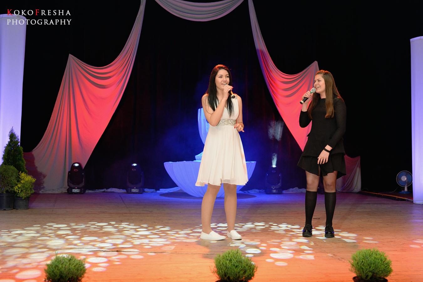 """Финалното изпълнение на Вики и Теди на галаконцерта на """"15 Лалета"""" 2016"""