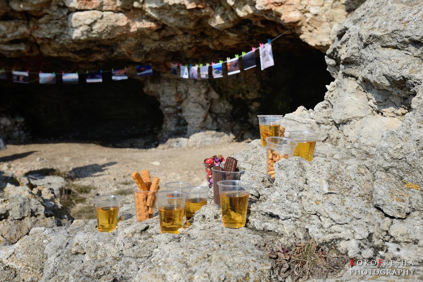 изложба в пещера - кетъринга и изложбата